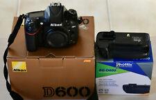 Nikon D600 (FX) + Grip compatible