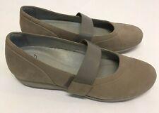 Dansko Kendra Mary Jane Beige Nubuck Women's Shoes 39 US 8.5-9 NEW