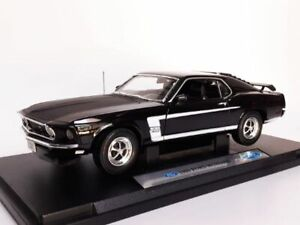 RARE WELLY 1969 FORD MUSTANG BOSS 302 BLACK 1/18 DIECAST CAR 12156
