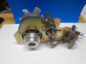Pioneer RT-1011L Capstan Motor RXM-012-0 & MP Cap (A) 2.8+1uf 250V RCL-015-0
