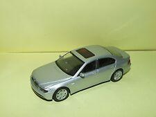 BMW SERIE 7 Gris Clair MINICHAMPS Sans Boite 1:43