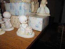 Precious Moments Grandma's Prayer 1986 Collectors Club Figurine -Pm-861