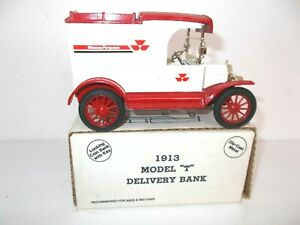 "ERTL 1913 Ford Model ""T"" MASSEY FERGUSSON Delivery Truck Bank  NEW 1989"