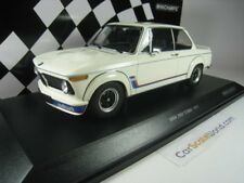 BMW 2002 TURBO 1973 1/18 MINICHAMPS (WHITE)