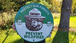 OLD VINTAGE DATED 1951 SMOKEY THE BEAR PORCELAIN SIGN PREVENT WILDFIRES FOREST