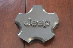 03 04 Jeep Grand Cherokee CHARCOAL GUNMETAL GRAY Center Cap Used OEM 5HF52TRMAA