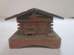 VINTAGE HAND CARVED GERMAN MOUNTAIN CHALET MINIATURE TRINKET BOX