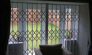 WINDOW SECURITY GRILLES, RETRACTABLE GRILL,CONCERTINA GRILLE, WINDOW GRILLE