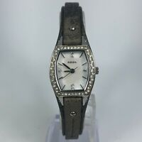 Fossil Womens JR-1335 White Dial Gray Genuine Leather Band Quartz Analog Watch