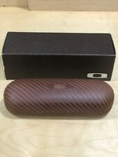 NEW OAKLEY EYEGLASSES SUNGLASSES AUTHENTIC HARD CASE POUCH BROWN STRIPED BOX