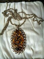 Beautiful vintage signed Exquisite tigers eye chip seed pearl pendant necklace