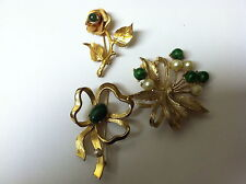 Items with Green Settings Vintage Brooch or Pin