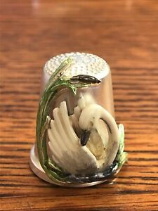 Thimble Julius Wengert Sterling Silver and Enamel Swan Made in Germany
