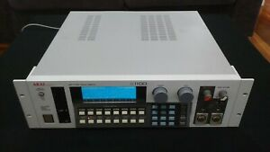 Akai S1100 rack sampler. Excellent condition.