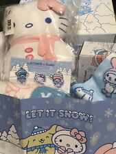 Sanrio Loot Crate Hello Kitty Winter 2018 Box Scarf Plush Socks Pins Mug NIP
