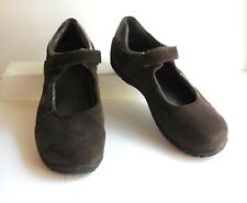 Cute Chocolate Brown Suede LANDS END Mary Jane Shoes w Patent Trim 6W Wide