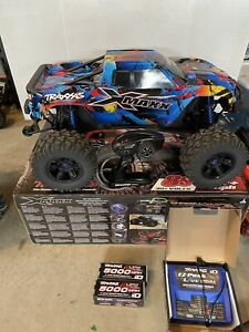 Traxxas X-Maxx 8S 4WD RC Monster Truck RTR with Charger And Batteries Mint Cond.