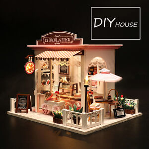Mini Doll House Wooden Dollhouse Miniature Assembling 3D Puzzle Toy DIY Kit Gift