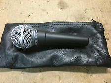 Shure SM58 Dynamic  Professional Microphone ,clean //ARMENS//