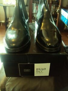 SAMUEL WINDSOR QUALITY HAND MADE BOOTS SIZE 9 IN BLACK  BNIB NO RESERVE