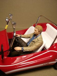 FIGURINE 1/18  TERENCE HILL  DRIVING  VROOM  NOT PEINT  FOR  AUTOART  MINICHAMPS