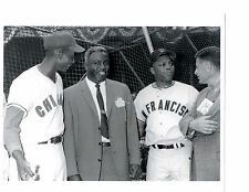 8 X 10 Jackie Robinson Brooklyn Dodgers Photo