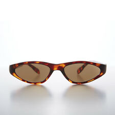 Edgy Small Cat Eye 90s Vintage Sunglass Tortoise/Brown Lens - Vicky