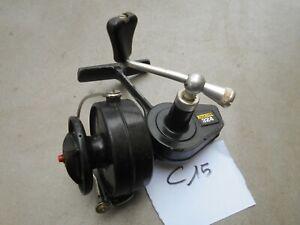 C15. Ancien moulinet de lancer au lancer eau douce MITCHELL 324
