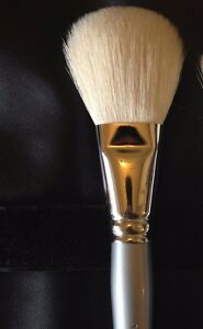 SEPHORA COLLECTION Pro Natural Powder Brush #40 Brand New