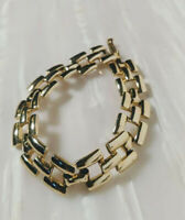 Vintage Chunky Link Bracelet gold colour 1980s with click clasp