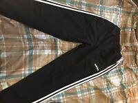 Adidas Men's Black Joggers Athletic Pants Size Small 3 stripe