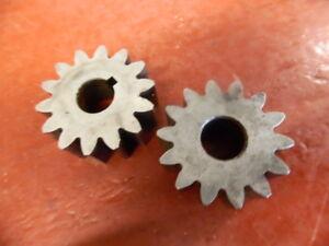 1923 1924 1925 1926 1927 1928 Continental Motors Oil Pump Gear Set NORS