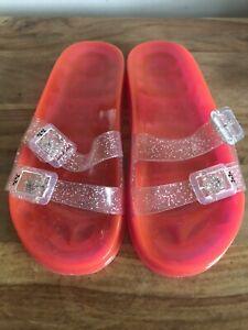 Jelly Juju Rubber Style Flip Flops Buckle Size 6 Sandals