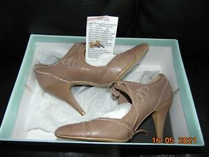 womens ravel high heels good condition on the bottom size 36 uk 3.5