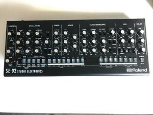 Roland SE02 Boutique Synthesizer