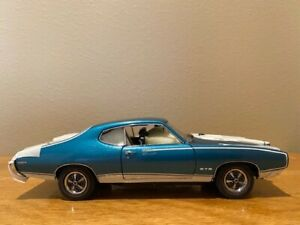 Danbury Mint 1969 Royal Bobcat GTO Coupe, 1/24th scale, Crystal Turquoise