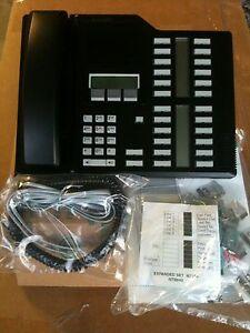 Nortel Norstar M7324 Black Display System Phone NT8B40 Meridian Warranty 7324