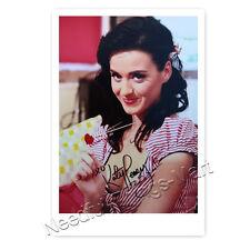 Katy Perry Singer, Actress AUTOGRAPH PHOTO CARD LAMINATED [ak2]