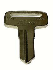 1 1995 Suzuki Intruder Vs600Gl Vs800Gl Motorcycles X76 Yh30 Key Blank Keys (Fits: Suzuki)