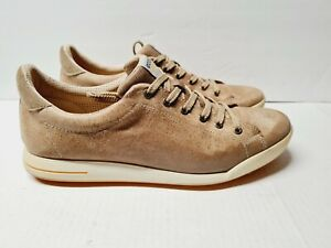 ECCO GOLF SHOES MEN SIZE 45 (US 11) IN GOOD CONDITION.