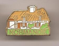 Pin's pin NORMANDIE - MAISON DE CAMPAGNE NORMANDE (ref L25)