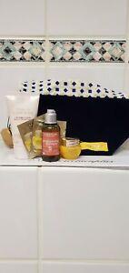 L'Occitane 6 Pieces Travel Size Mix Match Divine Cream / Terre De Lumiere / Bag