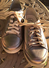 FitFlop Wobbleboard Metallic Fashion Tennis Shoes size 8.5 womens Unworn Issue