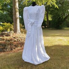 WOW! Vintage 1980s Nuptialement Votre embroidered French wedding dress 38in