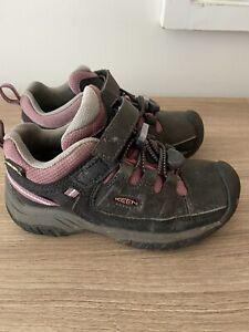 Keen Youth Kid Sz 11 Hiking Shoes Keen - WATERPROOF