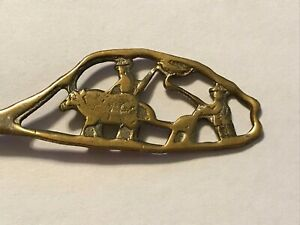 """Vintage silver collectors spoon from Taiwan, silver, 5 5/8"""", Farming Scene"""