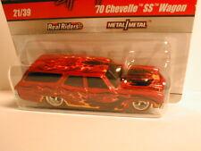 2010 Waynes Garage CHASE #21 `70 CHEVELLE SS WAGON orange w/ flames   initials