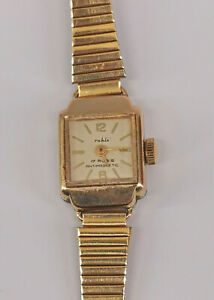 8720013 Vergoldete Damen-Armbanduhr Ruhla