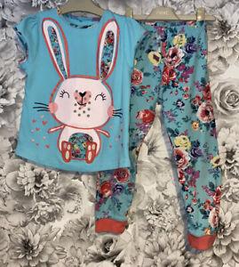 Girls Age 5-6 Years - Pretty Pyjamas