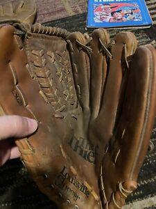"Louisville Slugger LSG20 The Thief 12"" Baseball/Softball Glove Right Throwing"